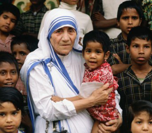mother-teresa-holding-child.jpg
